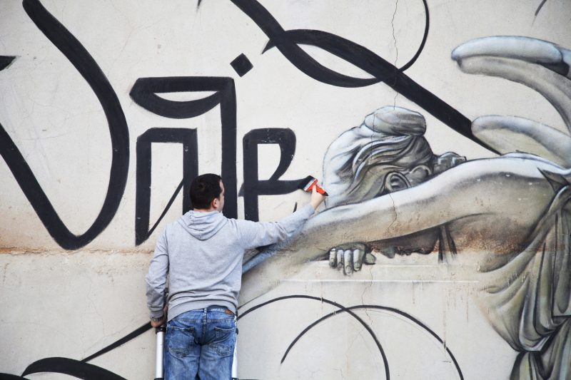 urban_calligraphy_simon_silaidis_ultima_vale_02